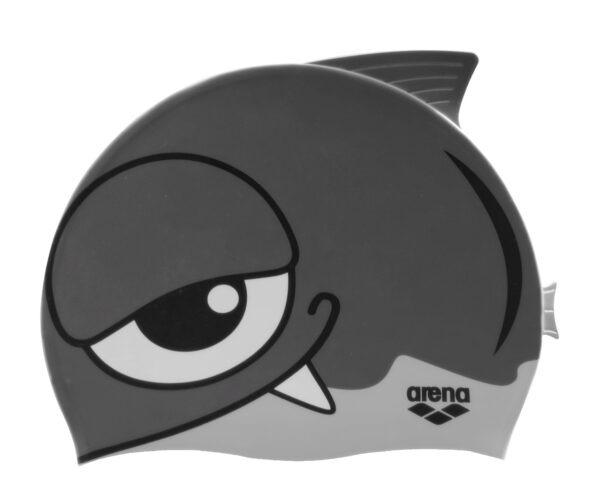 La CUFFIA DA PISCINA BAMBINI FISH CAP DI ARENA è a forma di pesce in silicone morbido. Adatta da 2 ai 5 anni