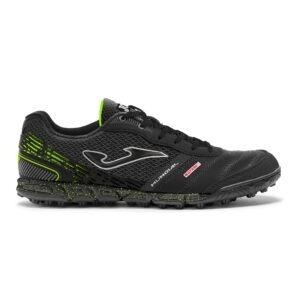 scarpa da calcetto Joma pelle nella tomaia punta in microfibra suola in gomma ad alta resistenza.