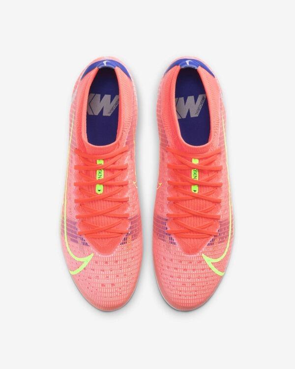 """con Nike Mercurial Vapor 14 Pro AG essenziale tomaia in Flyknit Piatto suola Nike Aerotrak con tacchetti a """"V"""" Ideale su superfici artificiali/sintetiche più lunghe Suola interna ammortizzata"""