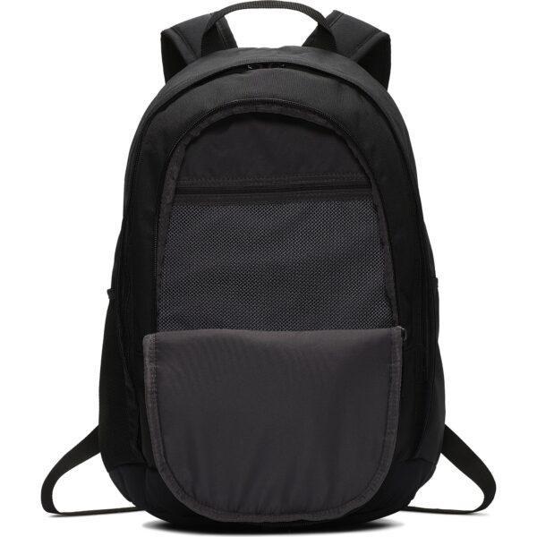 """zaino Nike Hayward 2.0 Adatto alla maggior parte dei laptop da 15"""". Poliestere a trama fitta per la massima resistenza. Spallacci regolabili per un comodo trasporto."""