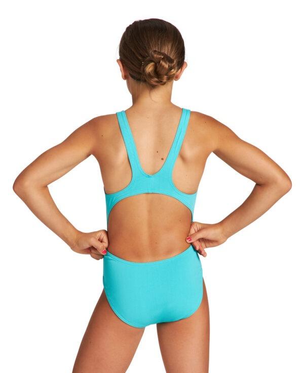 Solid Swim Tech è un modello da ragazza dal design elegante e sportivo, realizzato con inserti diagonali